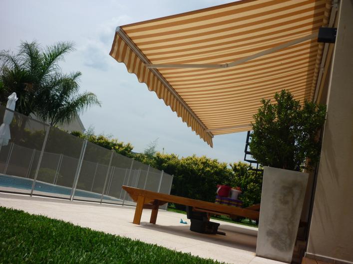 Lonera santa fe fabrica e intalaci n de toldos en capital for Toldos para balcones capital federal