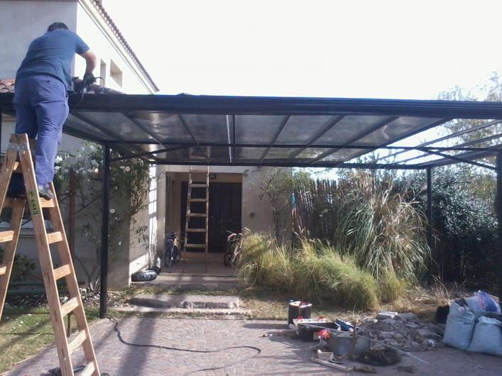 Herreria rincon protecci n de balcones en zona norte for Piletas publicas en zona norte