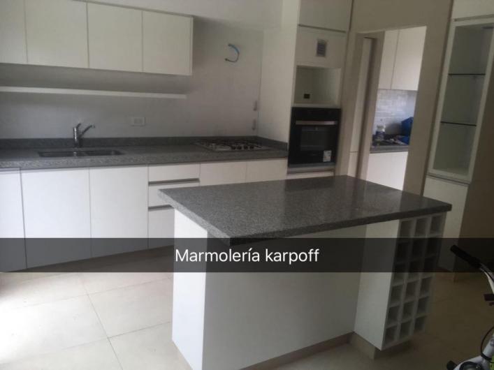 Marmoleria karpoff mesadas en san miguel tel fono y m s info for Imagenes de mesadas de marmol