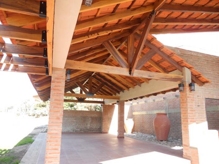 Soluciones techos en olavarr a tel fono y m s info for Canaletas para techos de madera