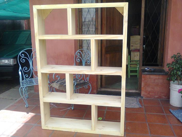 La carmela muebles deco y reciclados en el talar tel fono for Muebles con objetos reciclados