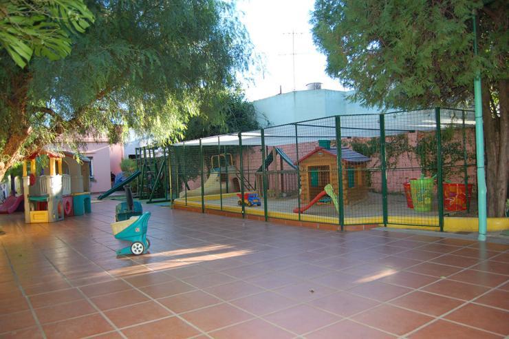 Jardin sweetland en mart nez tel fono y m s info for Azul naranja jardin de infantes