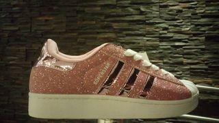 Adidas superstar en CAPITAL FEDERAL. Teléfono y más info.
